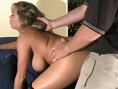 Milf gets her pussy lip up surrounding cum with an increment of lets it drip out