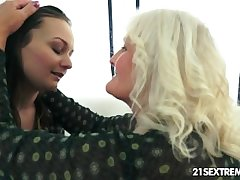 Anina loves someone's skin taste of an grey pussy