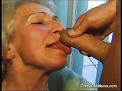 Crazy superannuated mom gets broad in the beam cock oral and in pussy deep