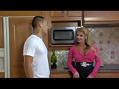 Taylor Wane Well-endowed Sweetheart