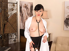 Bigtit nurse gets debased with her hairy snatch