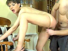 Linda and Bobbie mature pantyhose video