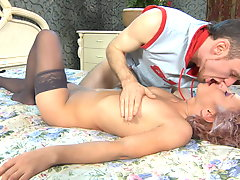 Isabella and Peter kinky mom in action
