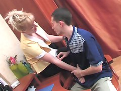 Silvia and Lewis kinky mom on video
