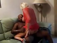 Matured Milf Squirts on BBC