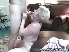 Amateur granny facial cram pie She wants more