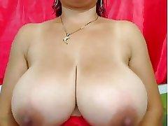Milf hugh boobs
