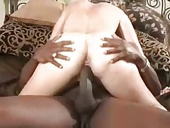 Mature loves rub-down the big ones (cuckold)