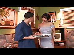 Of age Milf Assfucked by the Handyman