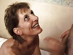 FRENCH MATURE 17 slim hairy anal materfamilias milf in troika