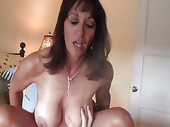 Nice of age milf gets crampied