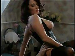 Erika Bella Wean away from SEXDATEMILF.COM - Orgasmes sur polar Danube