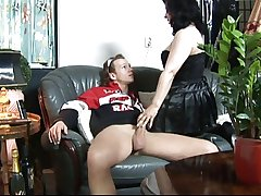 Older dutch grown up getting young cock