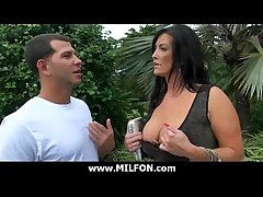 Big cock clothes-horse hunts very down in the mouth cougar MILFs 5