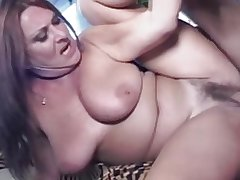 Mature Perishable Chubby Tit MILF Gigi Loves Young Flannel