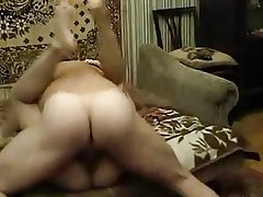 Amateur Grown up Russian Couple Hot Going to bed