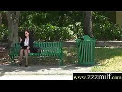 Hunter Get somewhere Profitability Comely Sluty Hot Milf (Naomi Rose) clip-18