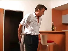 mature man fucks the hotel sheila