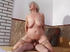 granny approximately slaggy tits goes anal