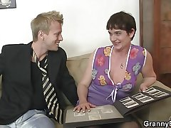 Her hairy grey cunt gets drilled by troubled dick