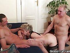 Hot threesome kick the bucket pussy masturbating