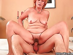 Plump grandma fucks his cock with their way unshaven pussy