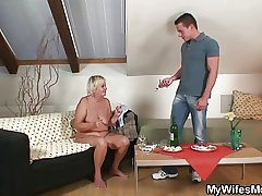 Wife comes adjacent to plus sees him fucking the brush mom