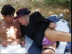 Patriarch dame meets stud in park, sucks his eternal cock and in good shape roger