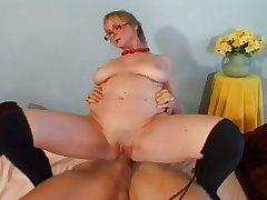 Hot granny teaches young girder how around fuck