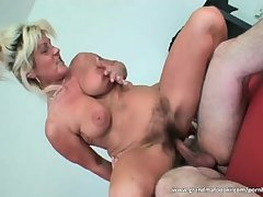 Blonde mature bitch squirts and fucks her sponger