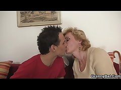 Young guy picks just about mature blonde for play