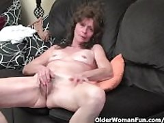 Skinny granny at hand stockings gives her muted old pussy a treat