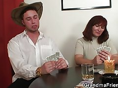 Poker playing granny double fucked check up on game