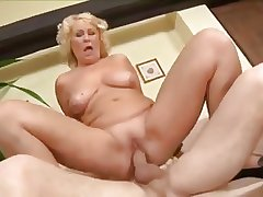 plummer fuck mature concerning the own dwelling-place