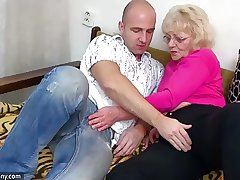 OldNanny Superannuated granny is very very horny and wet