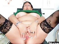 Of age BBW wife is pigeon-holing her fat pussy